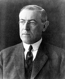 De izquierda a derecha: el presidente de EUA Woodrow Wilson, el presidente de Méjico Venustiano Carranza, el general golpista Victoriano Huerta, ... - zimmerman_10_wilson